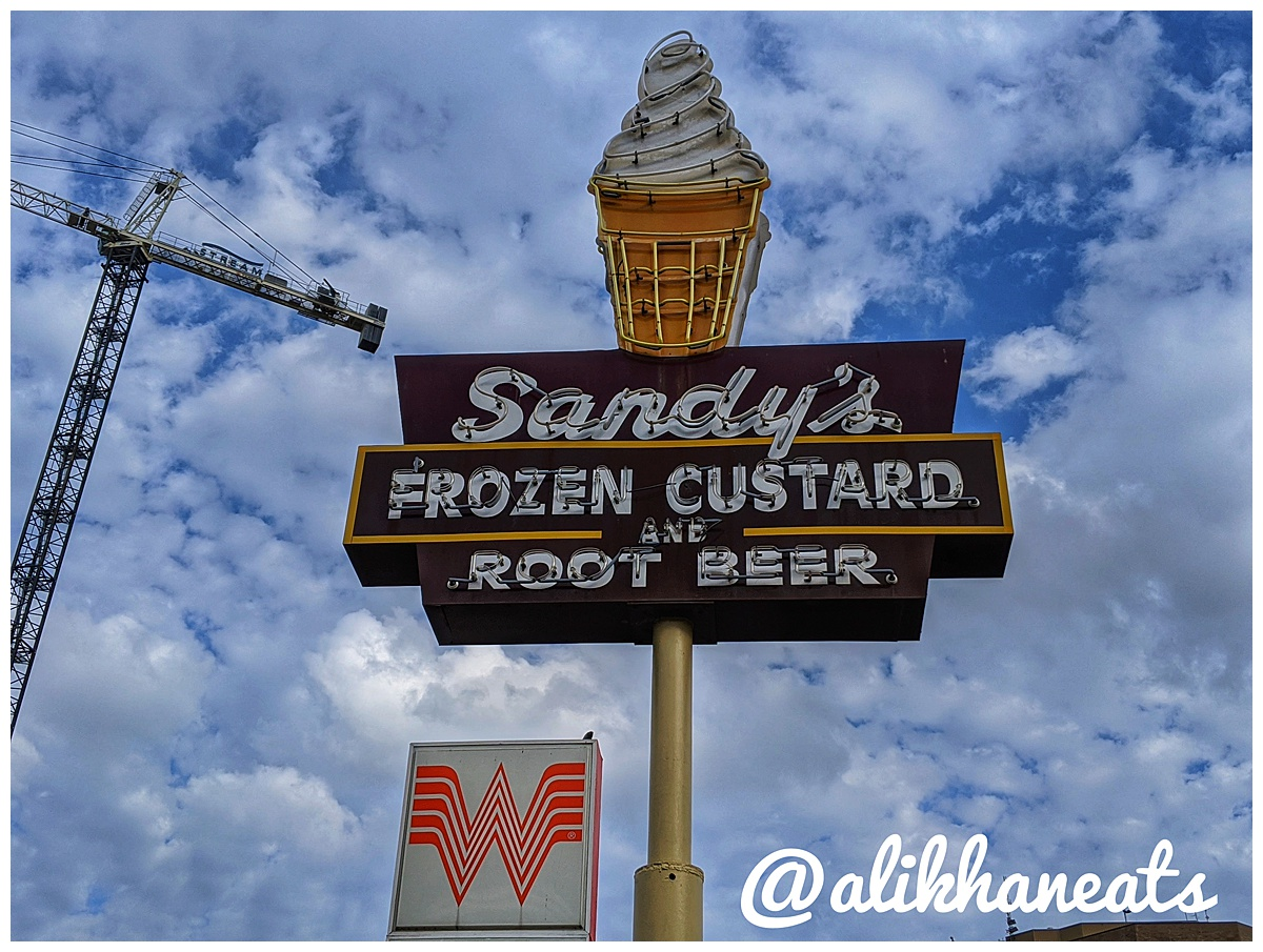 Sandy's Hamburgers sign landscape