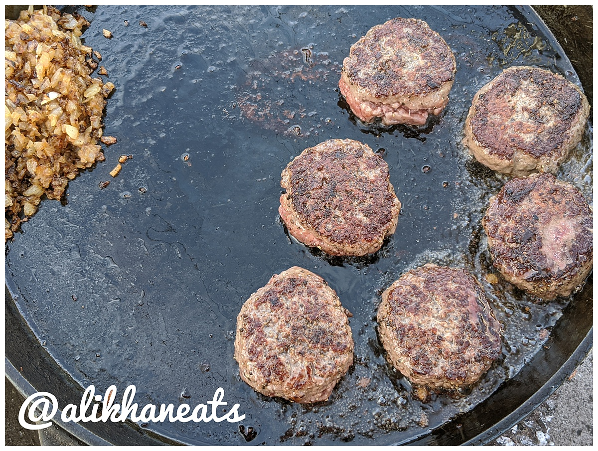 Slider Recipe burgers and onions