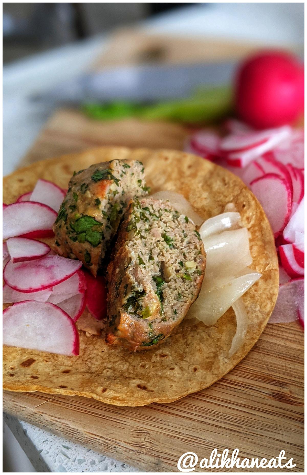 Vietnamese meatballs taco 1