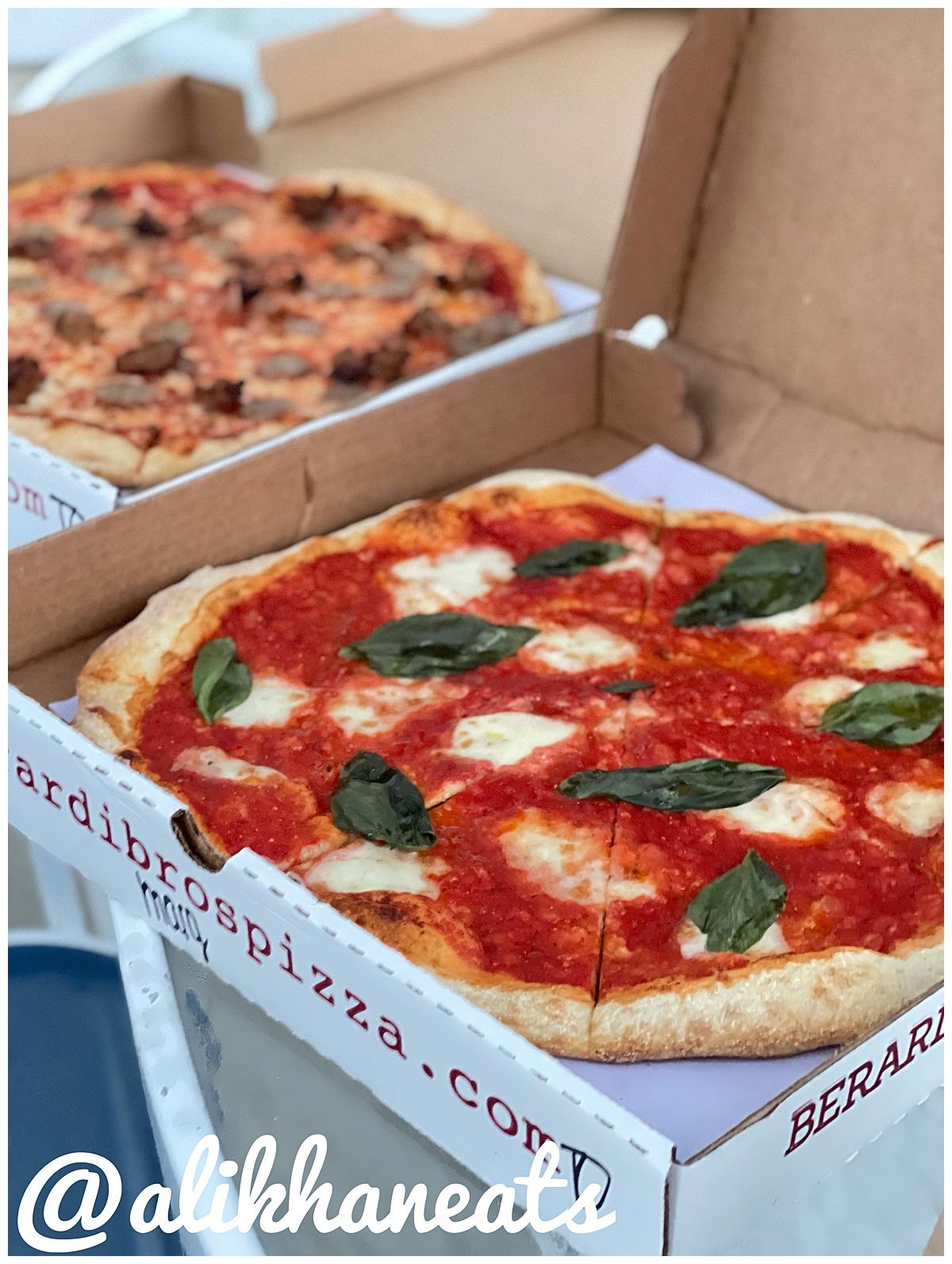 Berardi Brothers Pizza Margherita 2